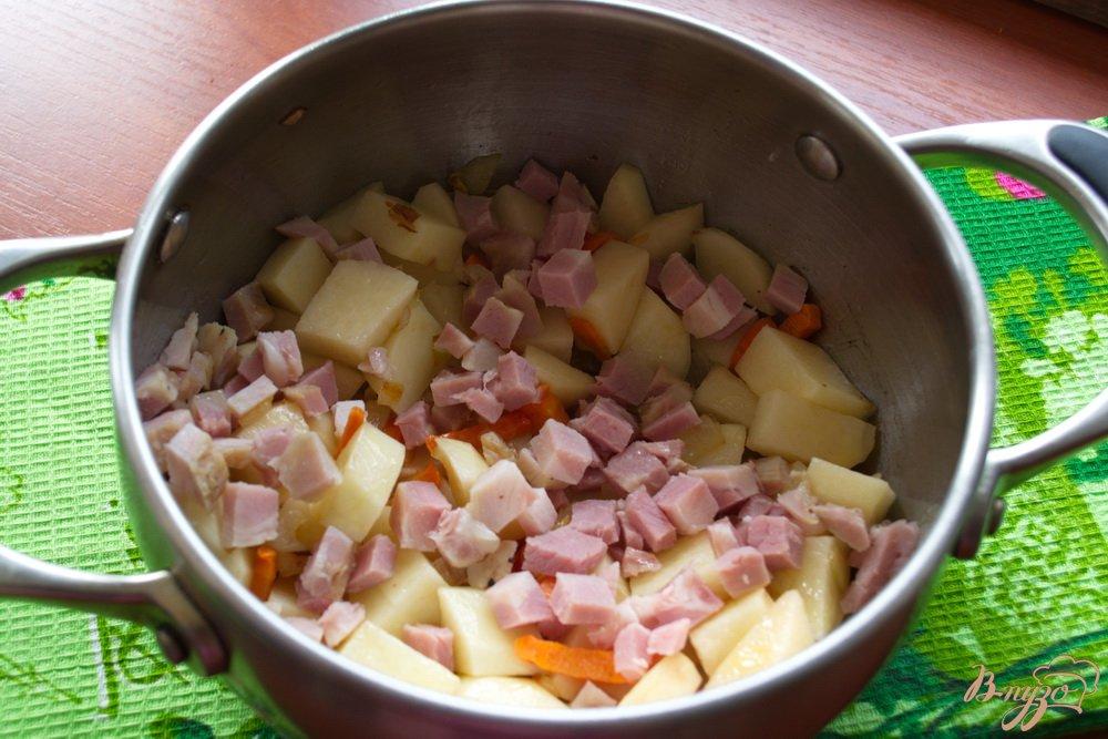 Фото приготовление рецепта: Суп с бужениной шаг №4