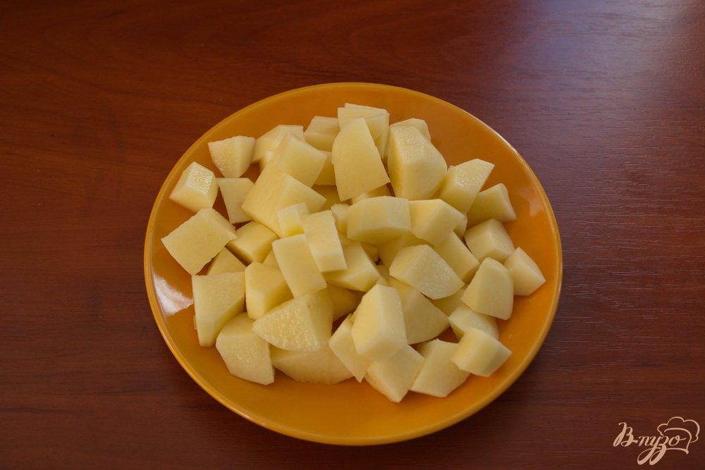 Фото приготовление рецепта: Суп с кусочками говядины шаг №2