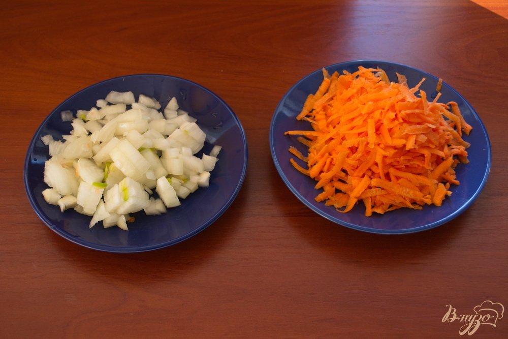 Фото приготовление рецепта: Суп с кусочками говядины шаг №3