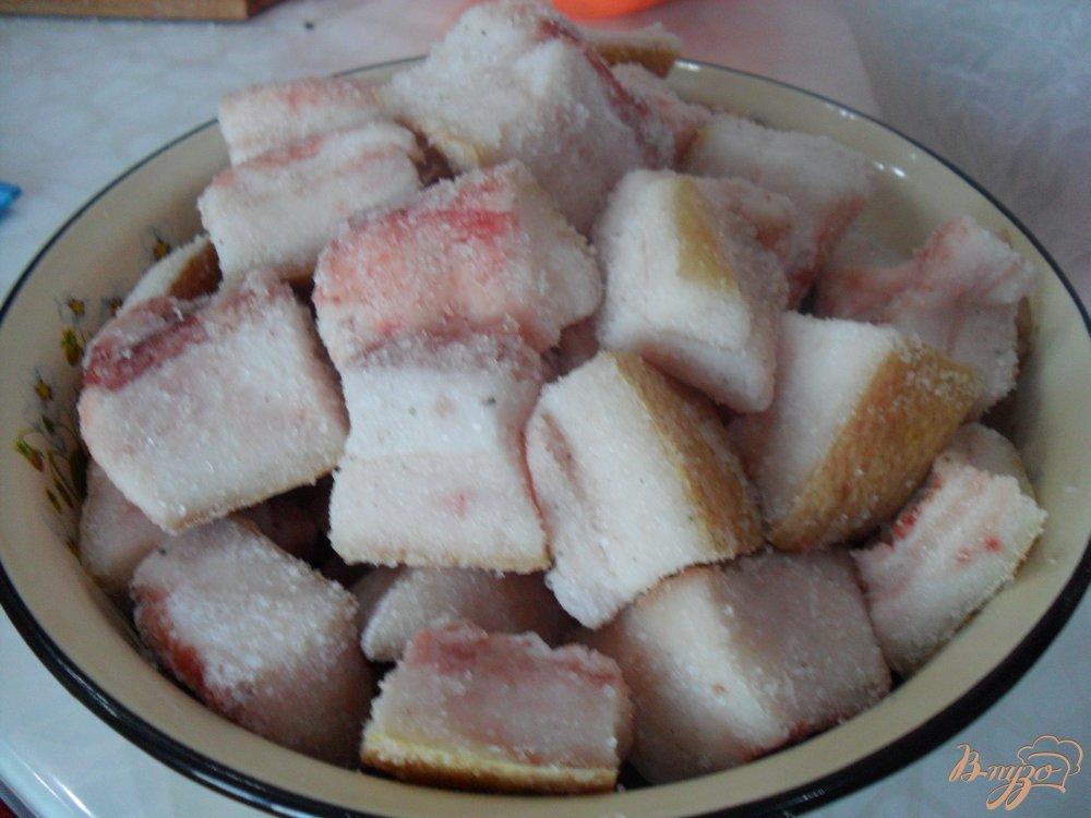 Фото приготовление рецепта: Соленое сало шаг №4