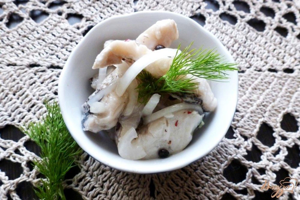 Фото приготовление рецепта: Маринованная щука по-домашнему шаг №5
