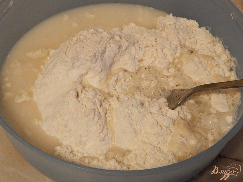 Фото приготовление рецепта: Чебуреки на заварном тесте шаг №2