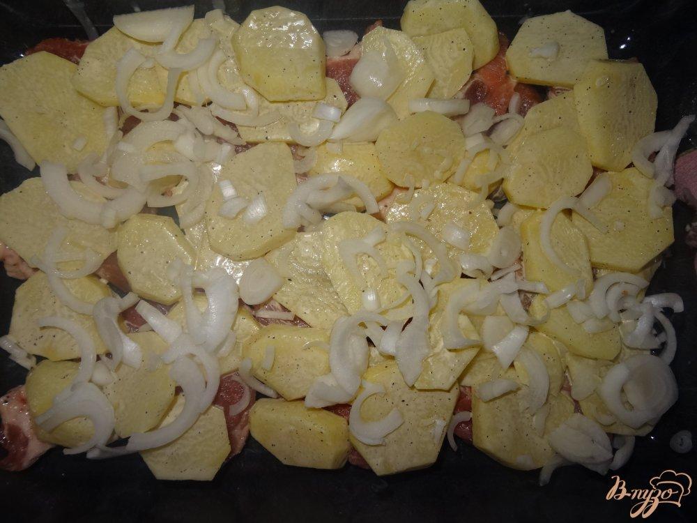 Фото приготовление рецепта: Мясо с картофелем по французски шаг №8