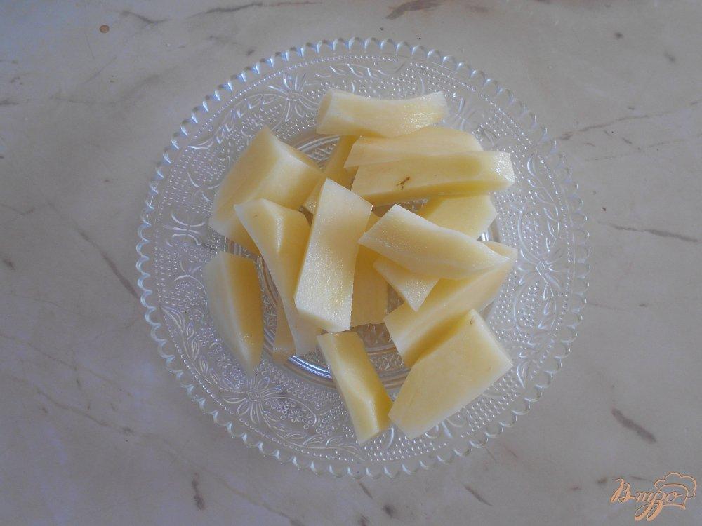 Фото приготовление рецепта: Суп с овсяными хлопьями и зеленым горошком шаг №2