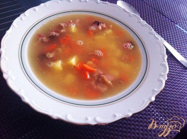 фото рецепта: Гороховый суп с копчеными ребрышками
