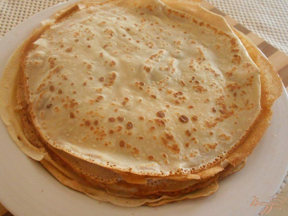 Фото приготовление рецепта: Блинчики с начинкой из грибов с карри шаг №2