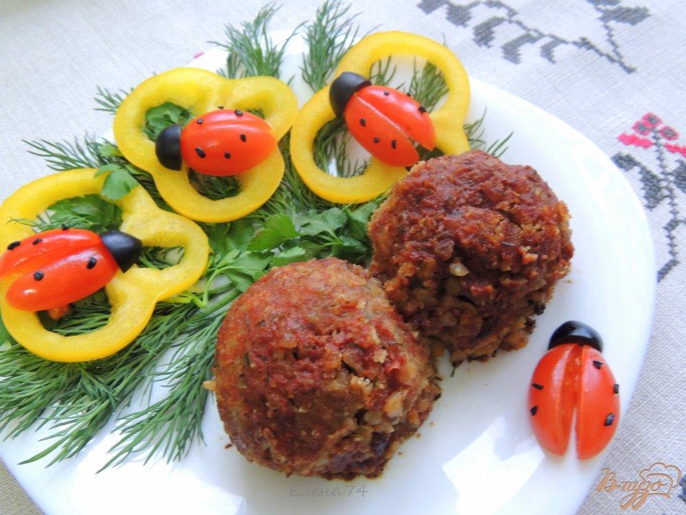 Фото приготовление рецепта: Тефтели из гречки и грибов шаг №6