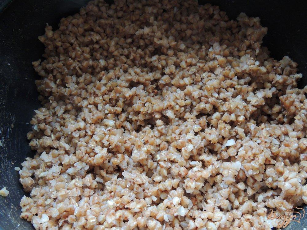 Фото приготовление рецепта: Тефтели из гречки и грибов шаг №2