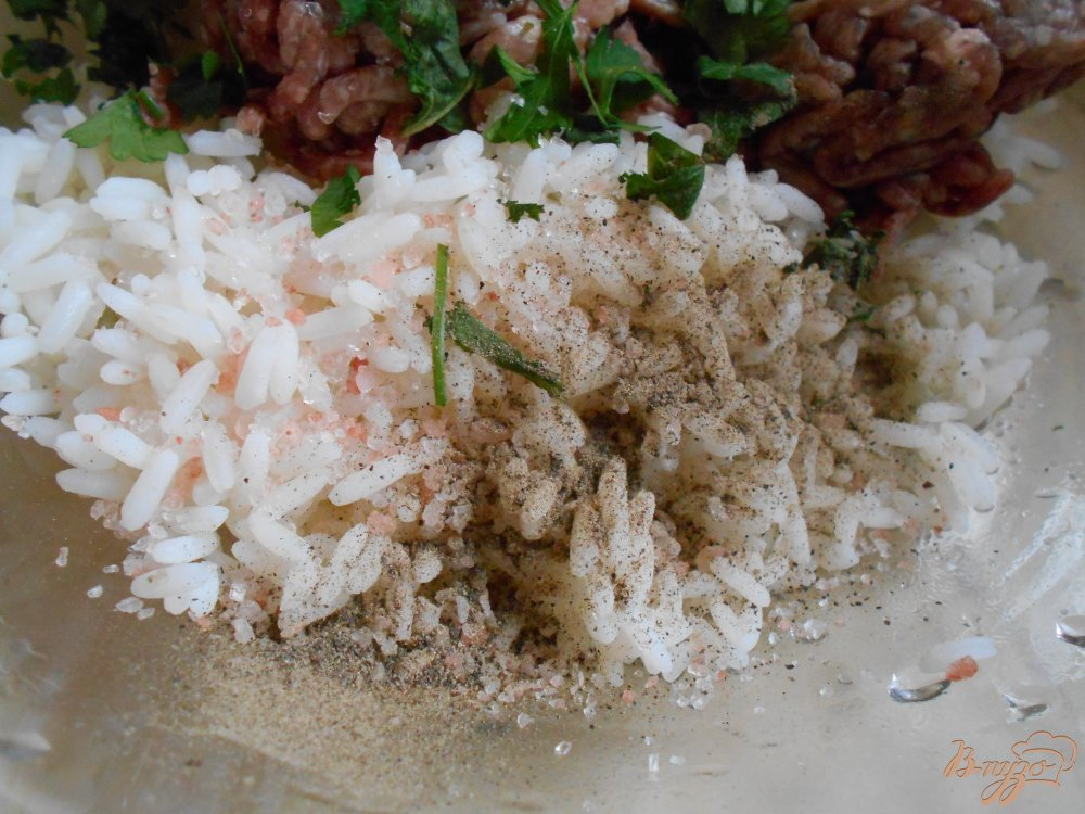 Фото приготовление рецепта: Греческие фрикадельки в яично-лимонном соусе шаг №2