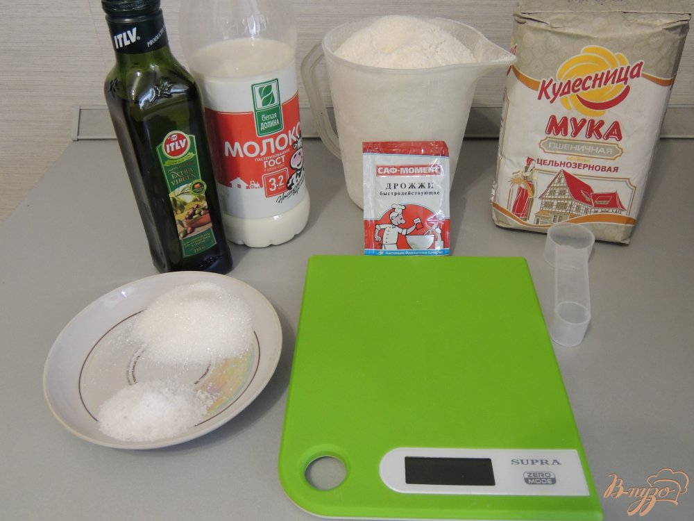Фото приготовление рецепта: Итальянский хлебушек с цельнозерновой мукой шаг №1