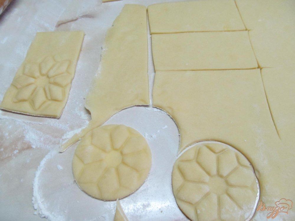 Фото приготовление рецепта: Печенье с шоколадной глазури шаг №4