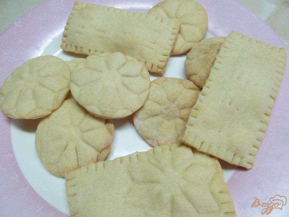 Фото приготовление рецепта: Печенье с шоколадной глазури шаг №6