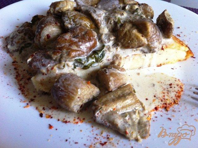 Фото приготовление рецепта: Соус из белых грибов шаг №5
