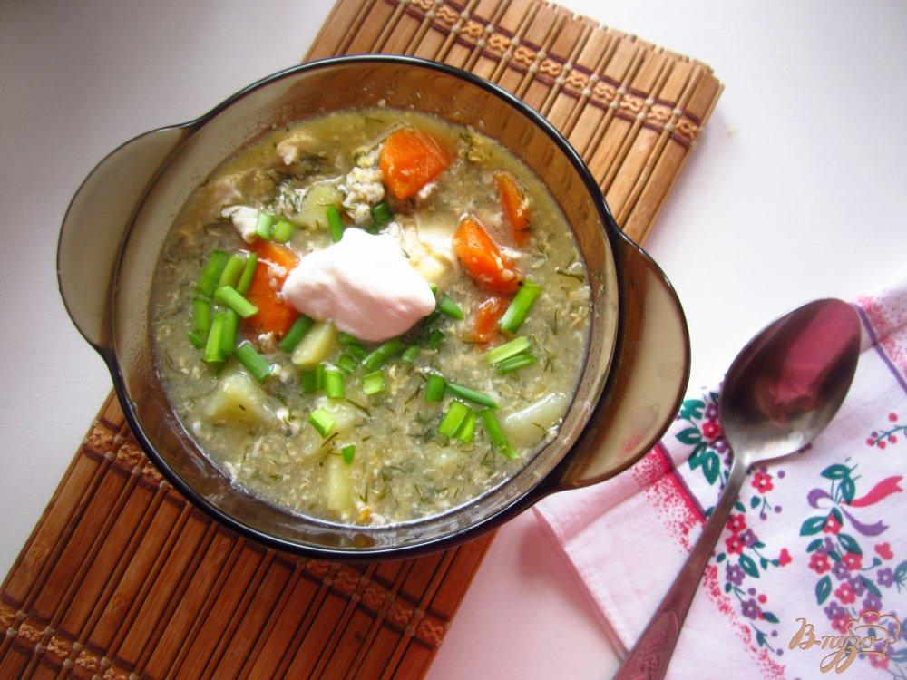 Фото приготовление рецепта: Суп с яйцом и зеленью шаг №5