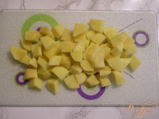 Фото приготовление рецепта: Суп капустный с пшеном и яйцами шаг №3