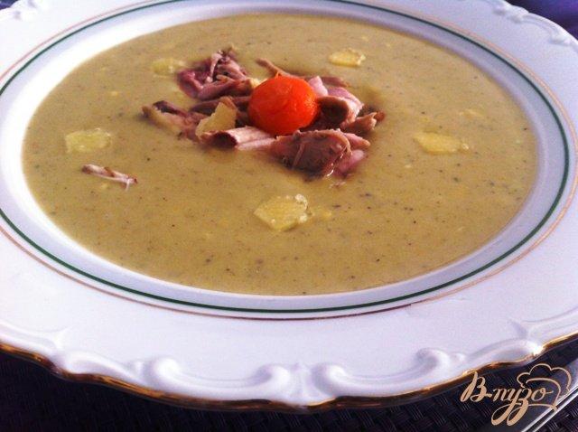 Фото приготовление рецепта: Сырный крем-суп с брокколи шаг №6