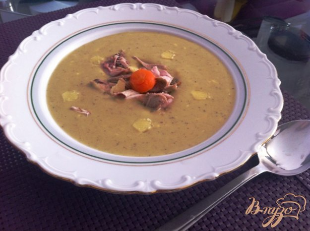 фото рецепта: Сырный крем-суп с брокколи