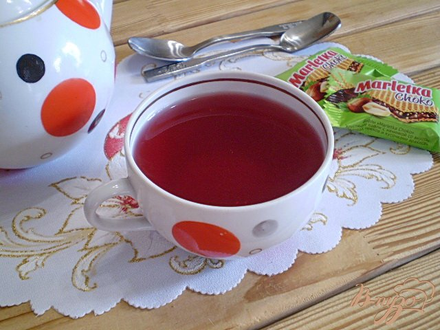 Фото приготовление рецепта: Чай из каркаде и мяты шаг №6