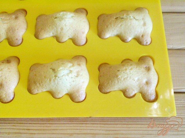 Фото приготовление рецепта: Мишки шаг №8