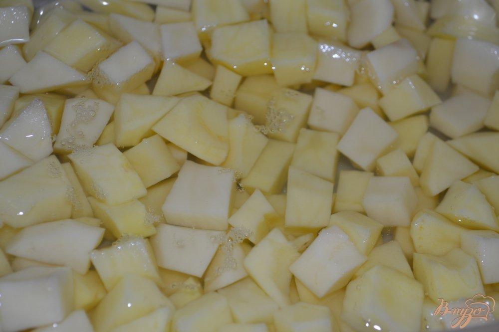 Фото приготовление рецепта: Гречневый суп с голенями в мультиварке шаг №4