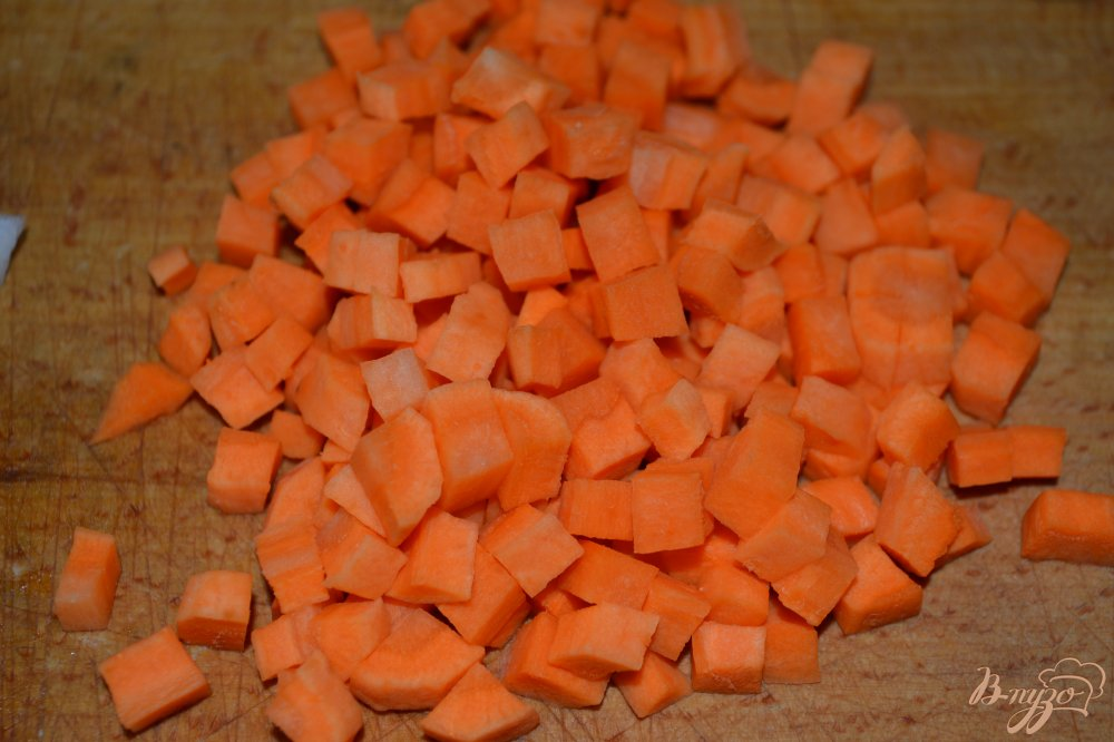 Фото приготовление рецепта: Гречневый суп с голенями в мультиварке шаг №2