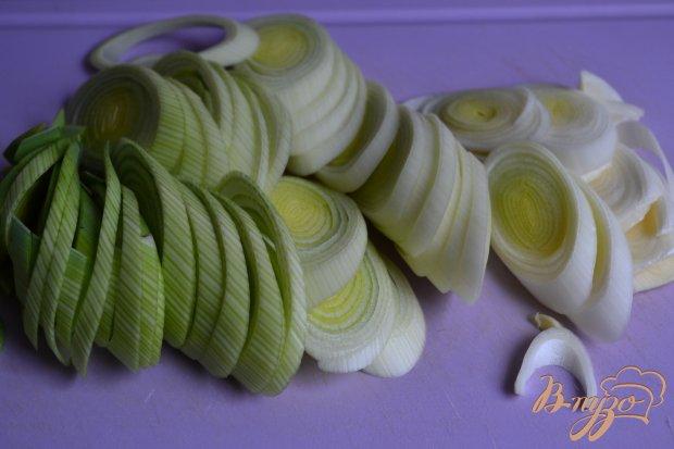 Порей тушеный с яблоками