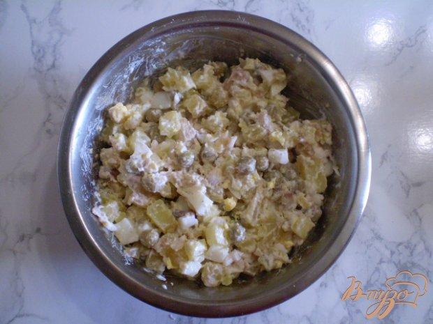 Салат с толстолобиком и горошком