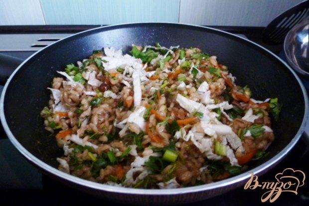 Овощные спринг-роллы  и грибами и рисом