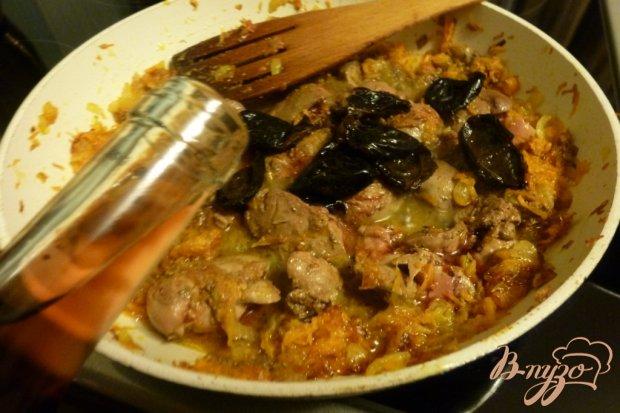 Куриный паштет с черносливом и вином