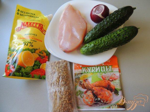 Салат с перловой крупой и курицей