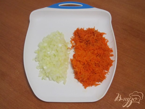 Капустный пирог с морковью