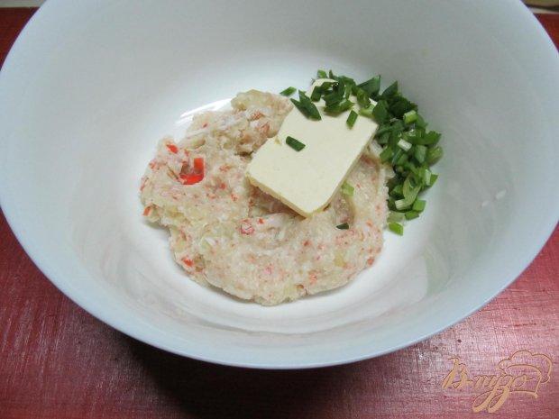 Овощной мильфей из капусты картофеля и крабовых палочек