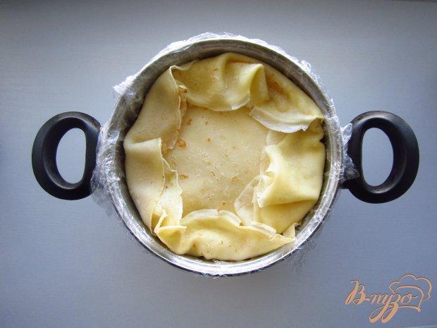 Блинный торт с манго и сметанным кремом