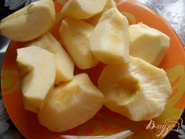 Пирог с творогом, яблоками и цукатами