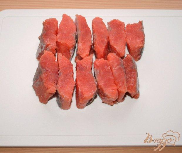 Рецепт Хрустящий лосось с овощным соусом