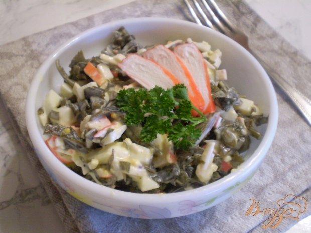 Салат с крабовыми палочками из капусты морской
