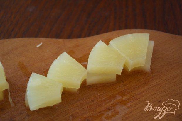 Праздничные канапе с ветчиной и ананасом