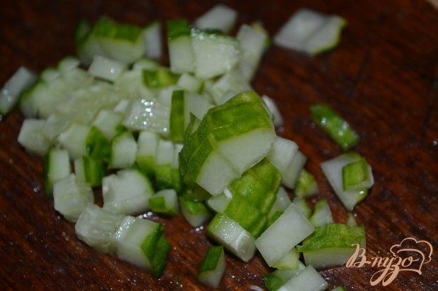 Салат из фасоли и свежего огурца