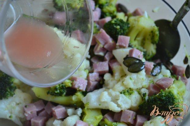 Теплый салат с брокколи и цветной капустой