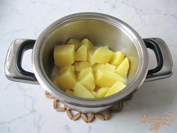Картофельные оладьи со сметаной.