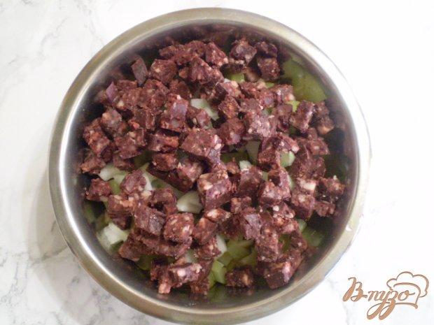 Салат с кровянкой