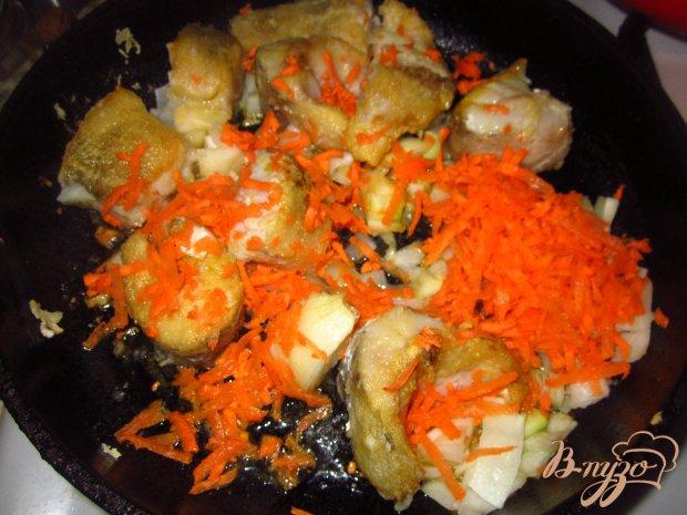 Нототения в тушенная с овощами в соусе