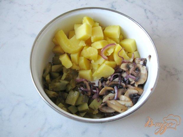 Картофельный салат с грибами