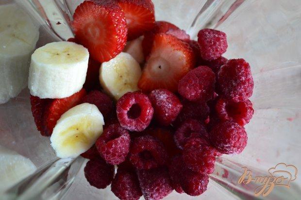 Смузи с ягодами и овсом