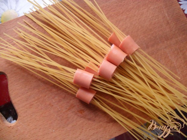 Спагетти с сосиской