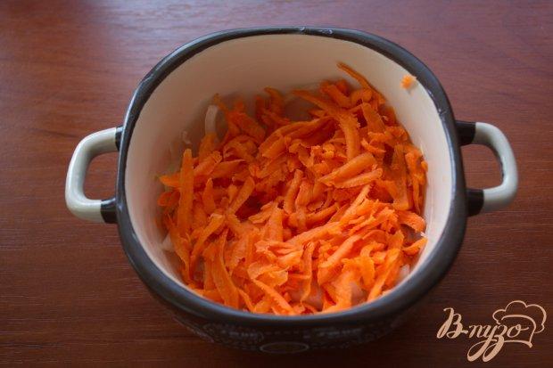 Минтай под сметаной и сыром в духовке