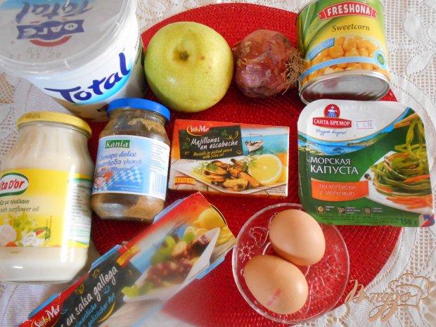 Рецепт Салат с маринованными морепродуктами и морской капустой