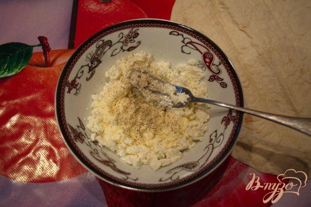 Закуска из лаваша с творожной начинкой и зеленью