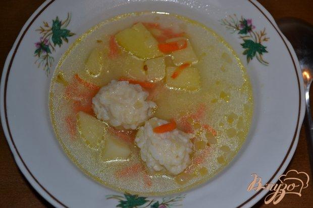 Суп с фрикаделями из риса и курицы