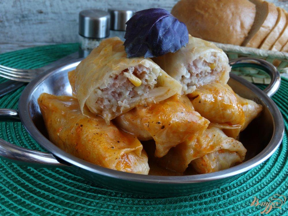 Фото приготовление рецепта: Голубцы с курицей, булгуром и кукурузой шаг №10